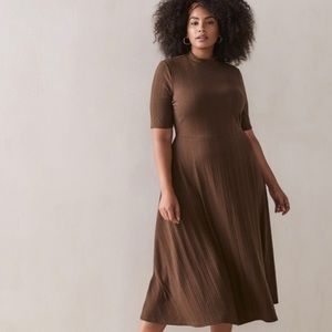 🆕 Fit & Flare Ribbed Midi Dress Addition Elle NWT